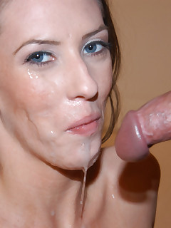 Cute girlfriend enjoys swallowing his boyfrie