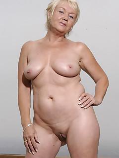 Granny xxx pics