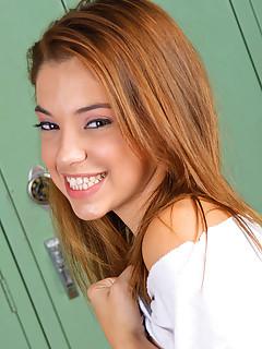 Gigi Rivera XXX  smoking